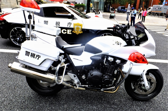 祝賀パレードに使われた側車サイドカーはホンダ製・価格3530万円の理由